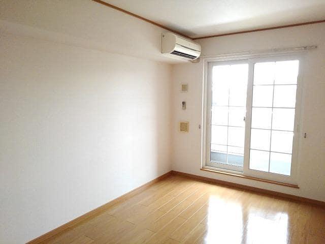 ソラボレD 02020号室のリビング
