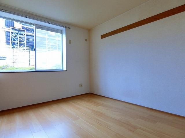 サンリリィ 101号室の居室
