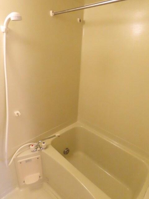 エテルノ I 01010号室の風呂