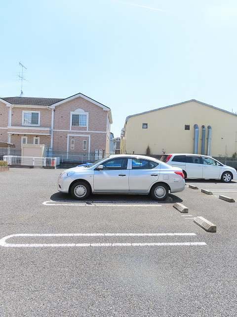 エテルノ I 01010号室の駐車場