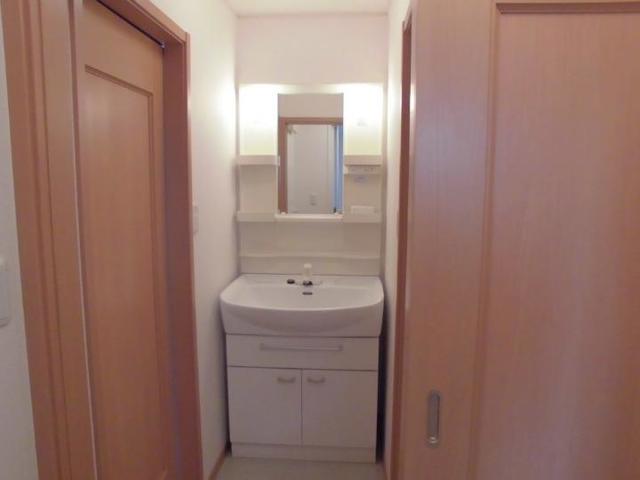 アンジュ 02020号室の洗面所