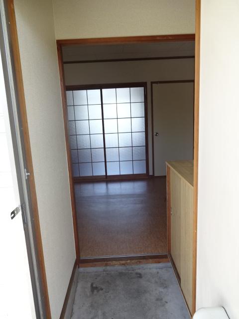 シティハイツ 201号室の玄関