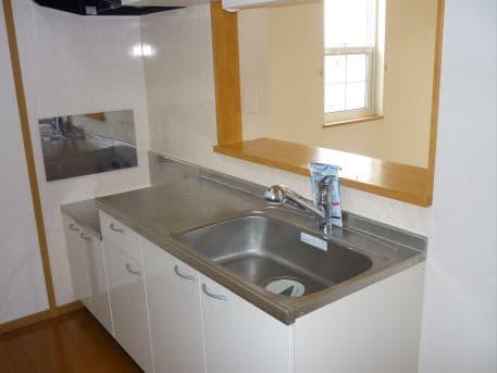 ウイステリア A 01020号室のキッチン