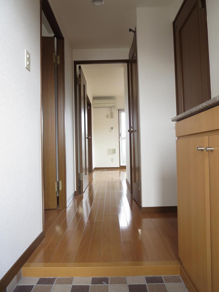 パルティーダB・B 306号室の玄関