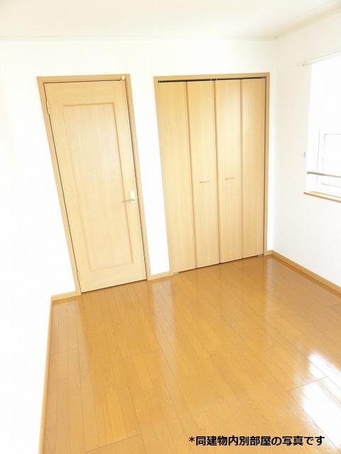 プラシードST 203号室の居室