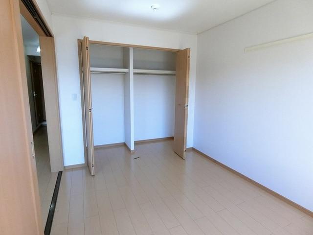 プリムローズT・Y・SB 02030号室の収納