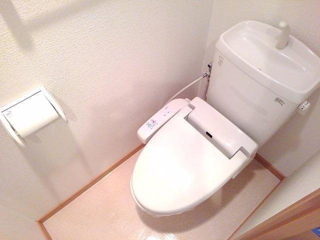 ヌーヴェル・バーグ 03040号室のトイレ