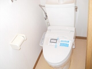 パルテール 02010号室のトイレ