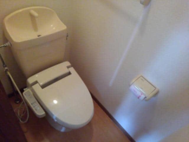 ソレアードⅠ 02030号室のトイレ