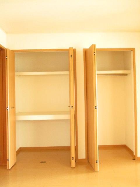 フィオーレC 01040号室の洗面所