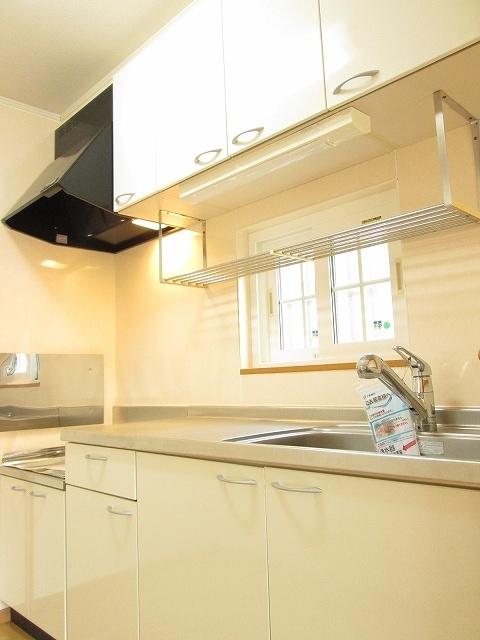 アンプリアル 01040号室のキッチン