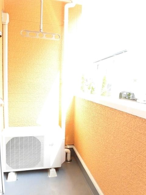 アンプリアル 01040号室のバルコニー