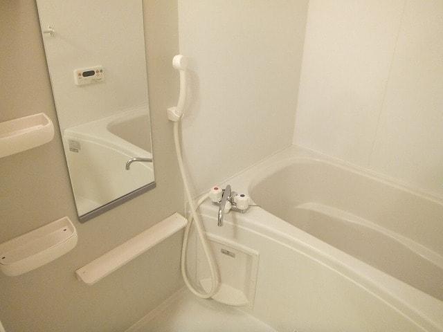エタ-ナル・インテンション 03030号室の風呂