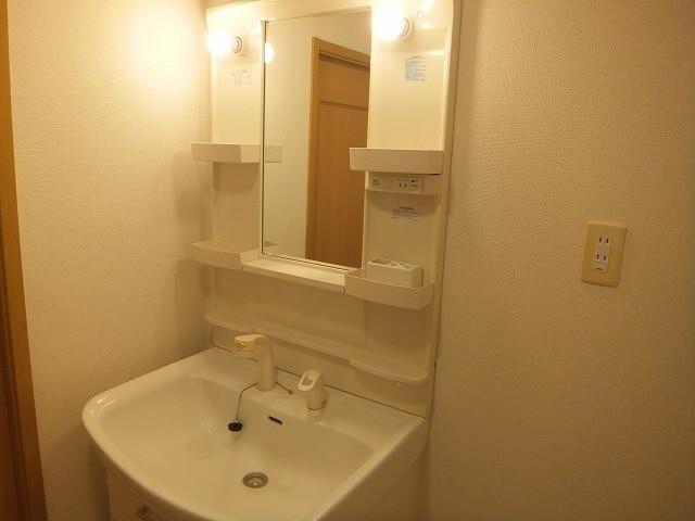 エタ-ナル・インテンション 03030号室の洗面所