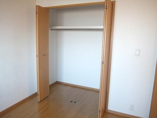 エタ-ナル・インテンション 03030号室の収納