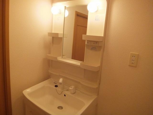エタ-ナル・インテンション 03040号室の洗面所