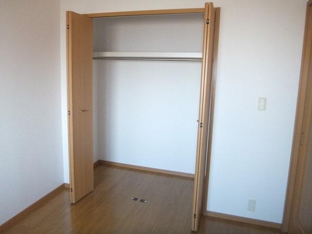エタ-ナル・インテンション 03040号室の収納