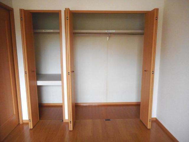 ボヌ-ル・ノワ 01040号室の収納