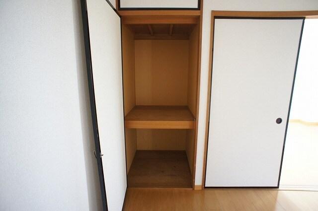 グリーンハイツ 01030号室のトイレ