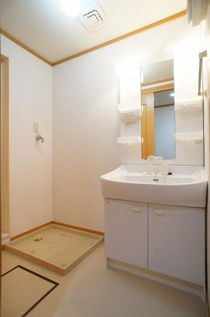 セレーノ 01010号室の風呂