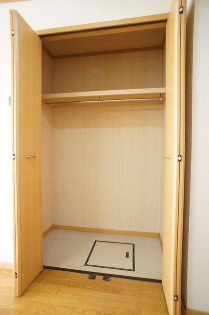セレーノ 01010号室のトイレ