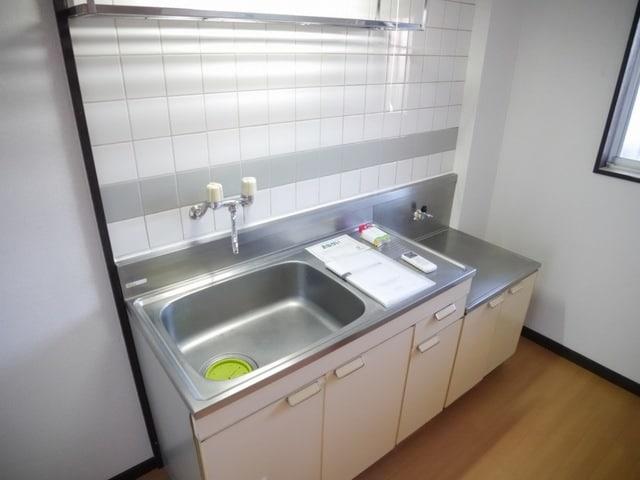 シティハイツ中島 01020号室のキッチン
