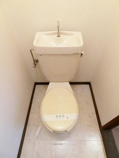 シティハイツ中島 01020号室のトイレ