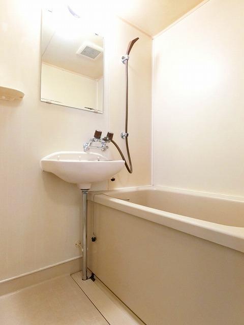 シティハイツ中島 02020号室の風呂