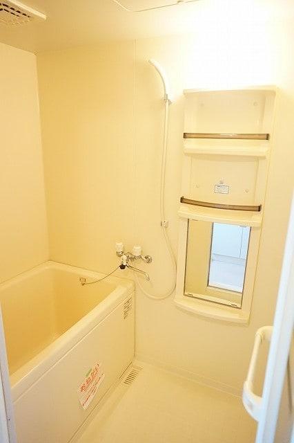 オーブリーS・K B 02010号室の風呂