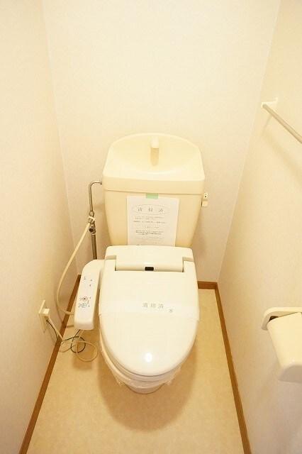 オーブリーS・K B 02010号室のトイレ
