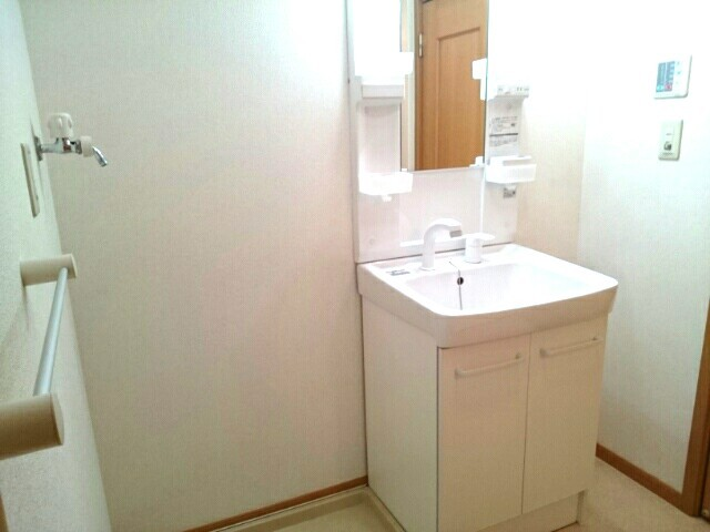 ベル ソレイユ Β 202号室の洗面所