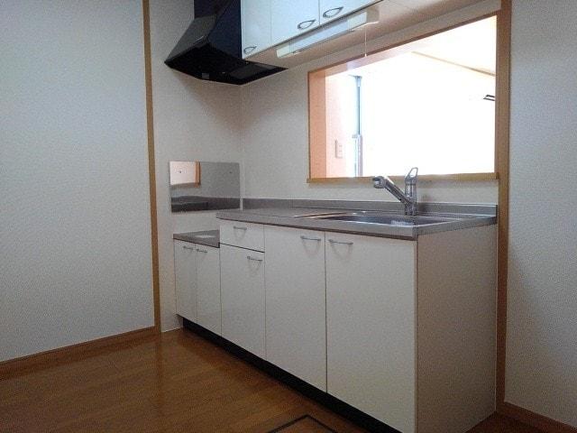 ハーモニーB 101号室のキッチン