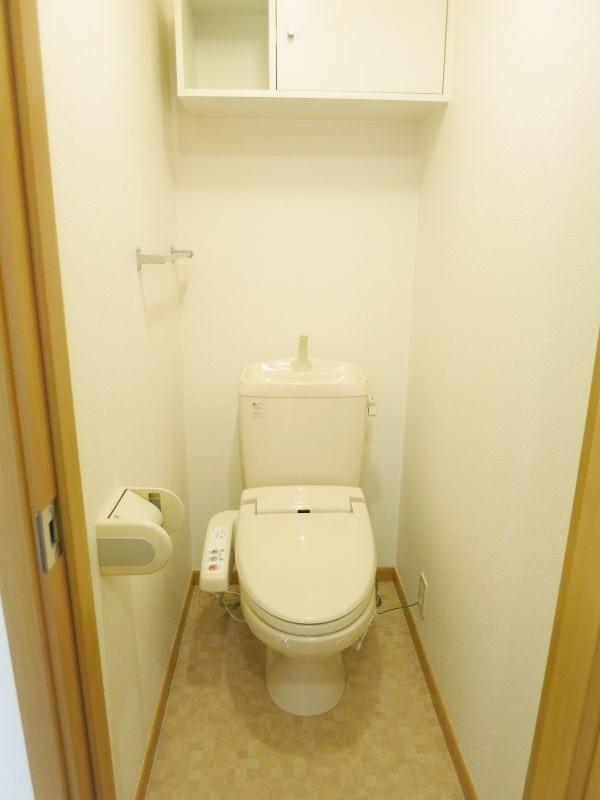 ボナ・ジョルナータ 102号室のトイレ