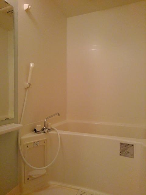 ラネージュⅤ B棟 01020号室の風呂