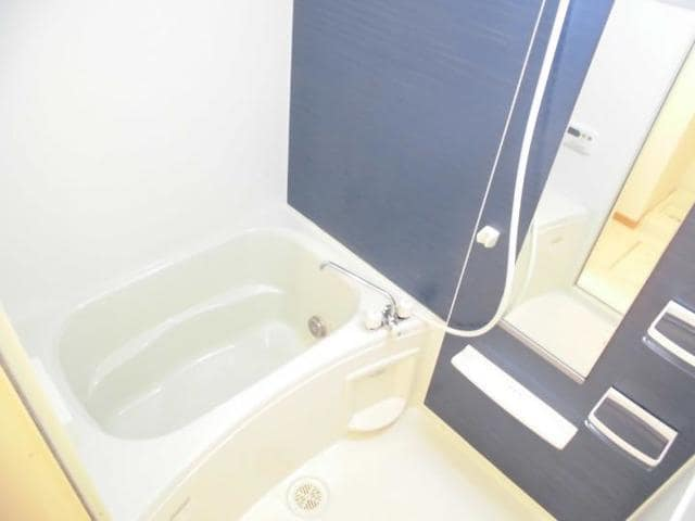 グラースA 02030号室の風呂