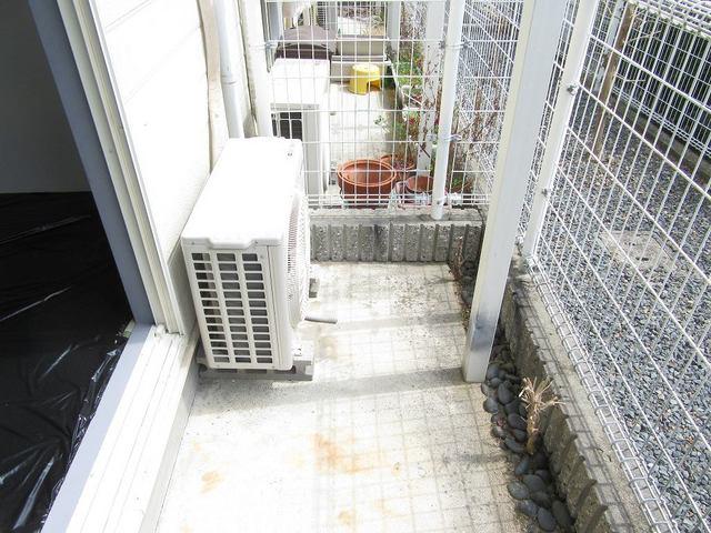 キャッスルミノオ 01030号室の庭