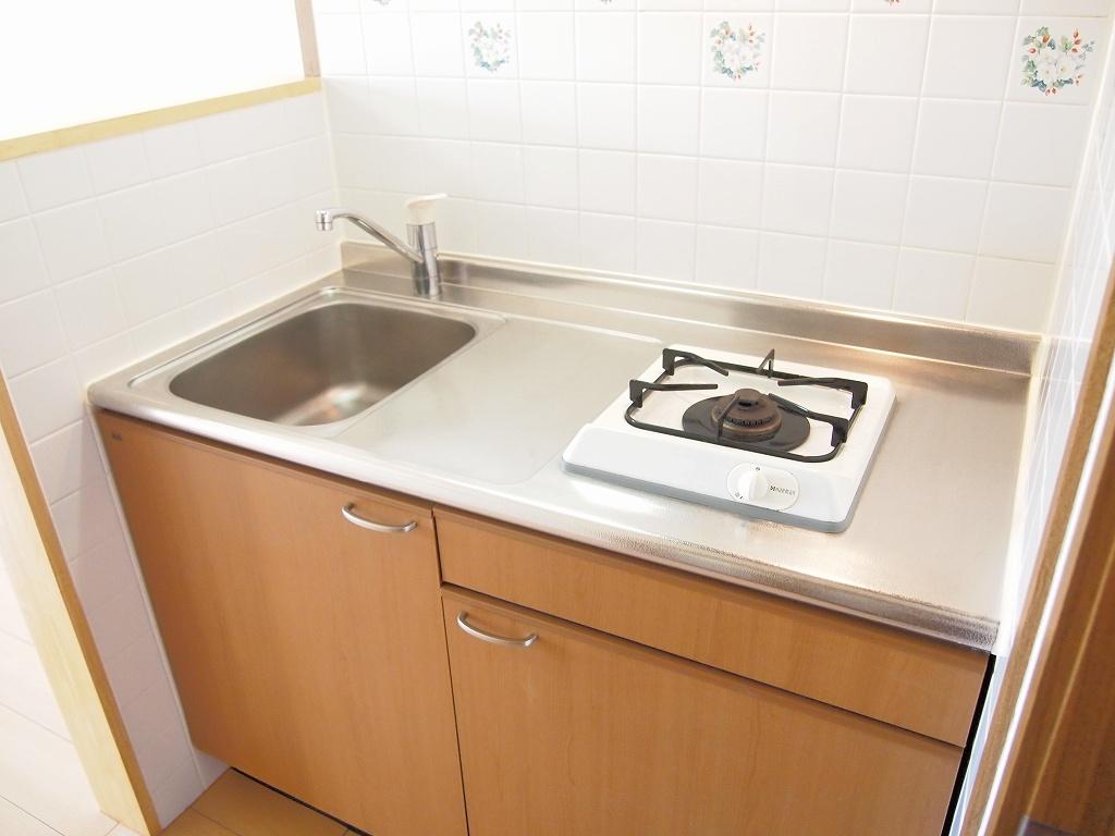 カーサ・リオン 102号室のキッチン