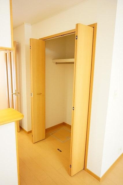 メリオル カザ A 01020号室の収納