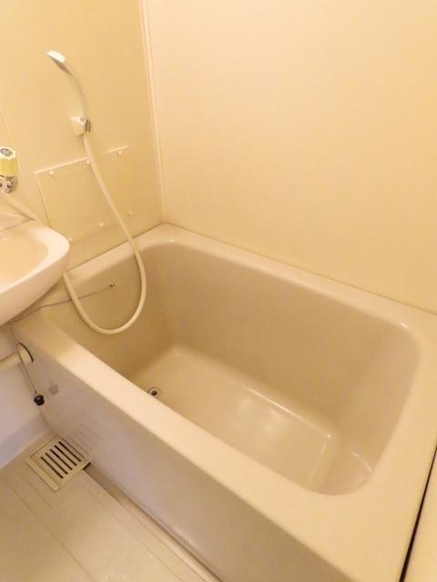 アーバンヒルズ 02050号室の風呂