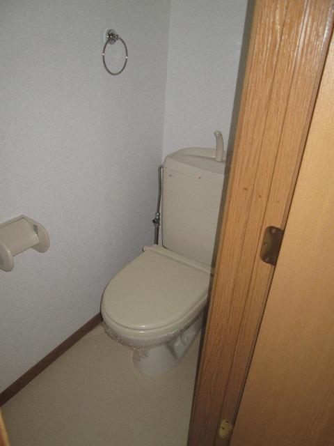 プリムローズ 02010号室のトイレ