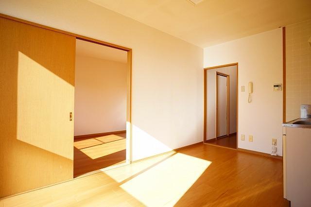 サンハイムα 02030号室の居室