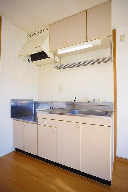 サンハイムα 02030号室のリビング