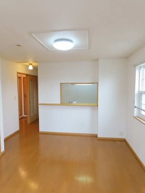 グランシャンテ 02020号室のリビング