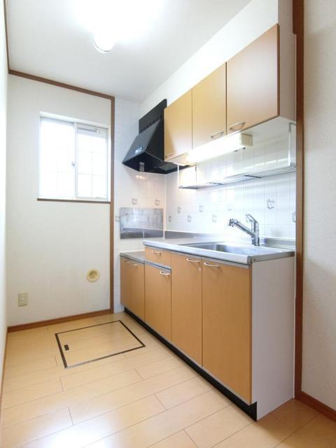 リブィールⅢ 01030号室の居室