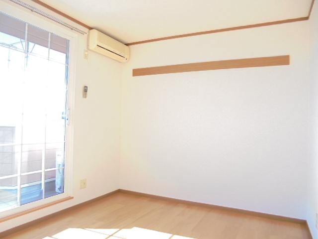 カーサグランビューA 02030号室の居室