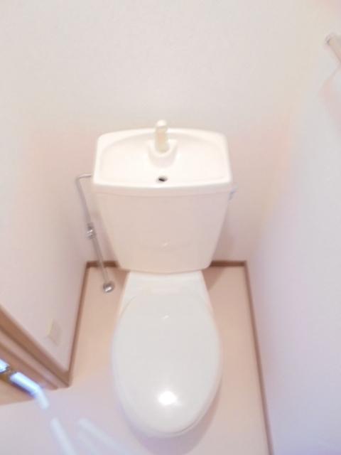 カーサグランビューA 02030号室のトイレ