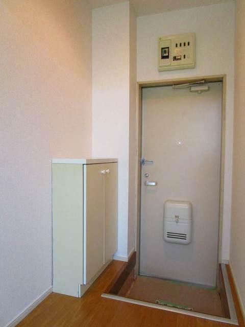 ドーミ-セイセキ 103号室の玄関