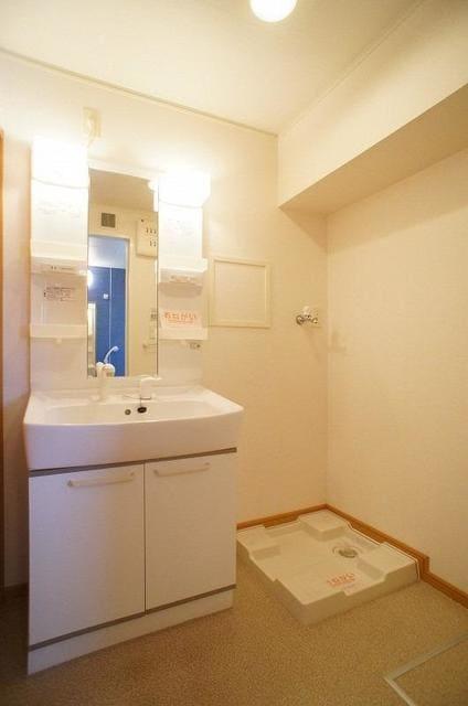 ロ-ズシティ- 02020号室の洗面所