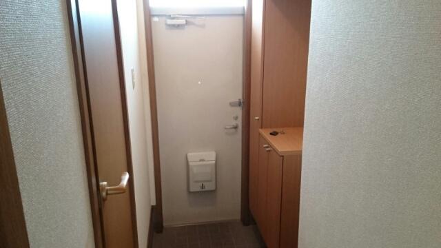 クレーデレ ドーノ メグミ 01040号室の玄関