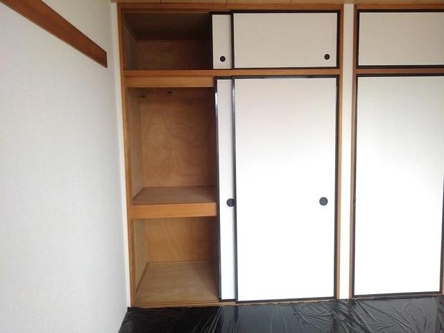 パルネットアメニティ 02020号室の収納